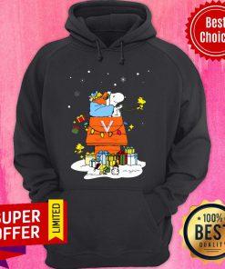 Funny Virginia Cavaliers Santa Snoopy Wish You A Merry Christmas Hoodie